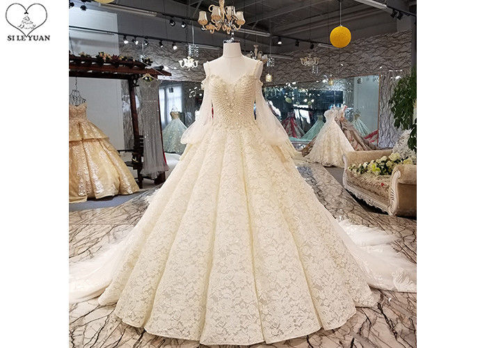 Luxury Champagne Ladies Bridal Gown , Tulle Lantern Long Sleeve Bridal Dresses